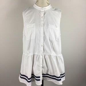 Eloquii Modcloth sleeveless button down top.